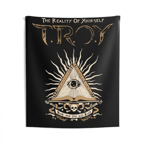 TROY Seek and Find Indoor Wall Tapestries