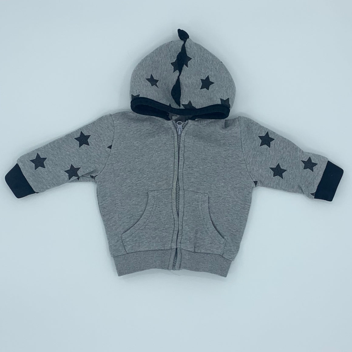 Gently Worn Blade & Rose hooded jumper size 6-12 months