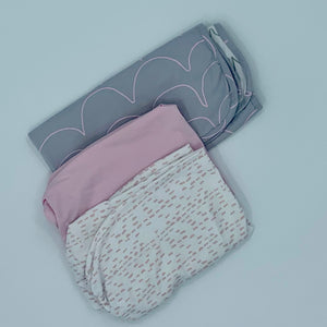Hardly Worn Snuz Pod grey-pastel bedding set size One Size