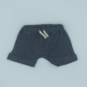 Hardly Worn Turtledove London black checked shorts size 6-12 months
