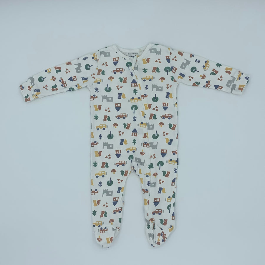 Hardly Worn Kite zip-up sleepsuit size 6-9 months