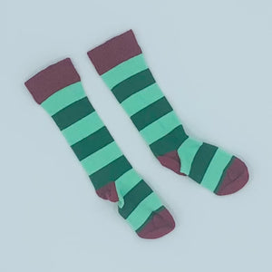 Hardly Worn DUNS of Sweden green striped knee socks size 6-12 months