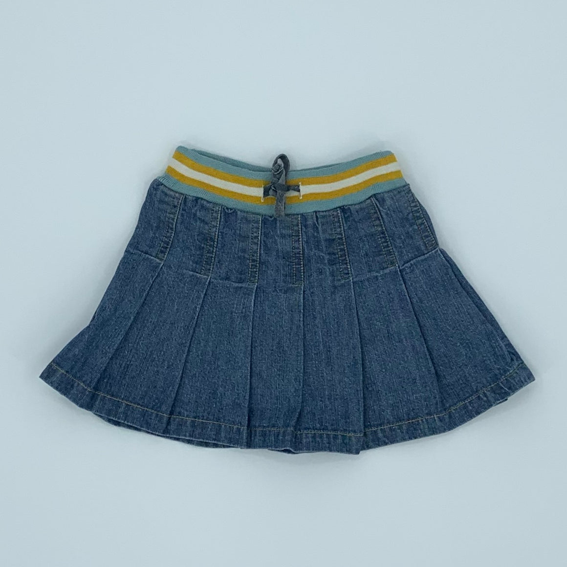 Hardly Worn Boden denim pleated skirt size 2-3 years