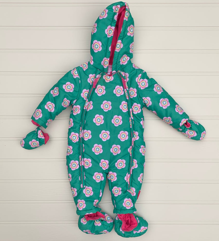 Hardly Worn Toby Tiger pramsuit size 6-9 months