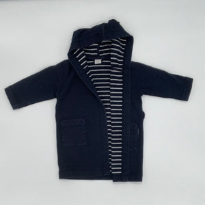 Hardly Worn  Polarn O Pyret bathrobe size 12-24 months