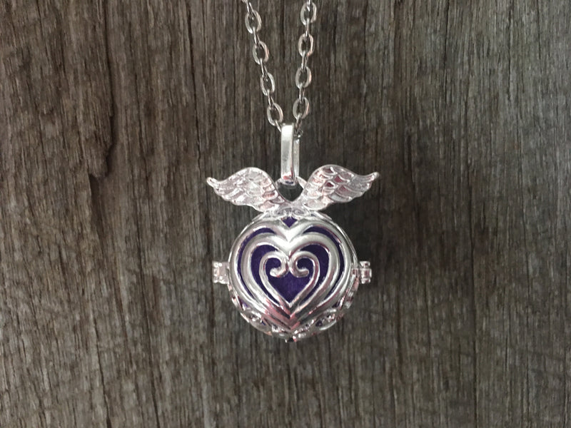 Essential Oil Pendant Heart Pendant Aromatherapy Diffuser Necklace