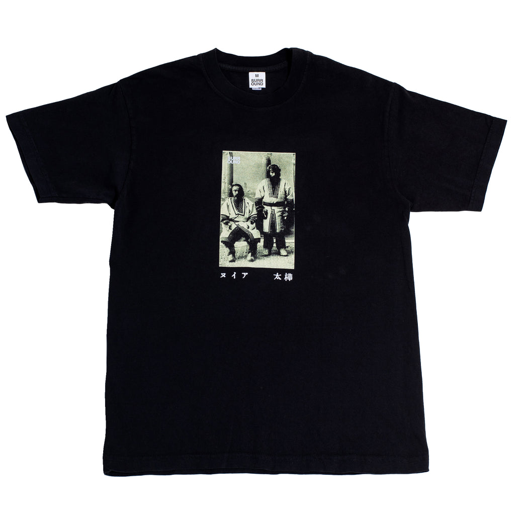 "Surround ""Ainu Tee"" Black"