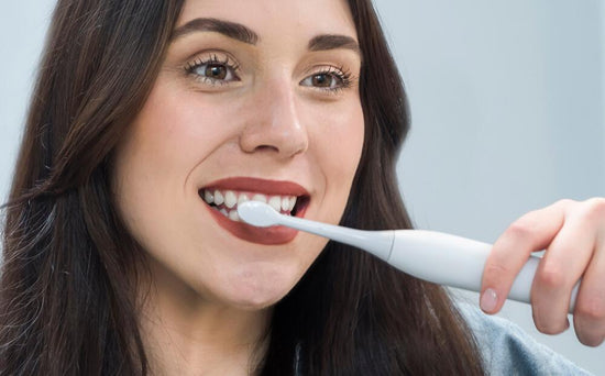 Top oral care tips for healthy teeth & gums