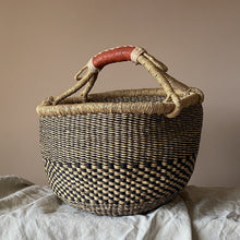 Load image into Gallery viewer, Bolga Baskets with Handle