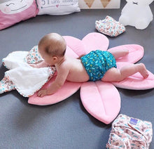 Load image into Gallery viewer, Blooming Bath Foam, Bath Foam - All Things Babies