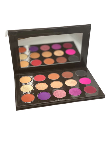 Luxe Signature Eye Shadow Palette
