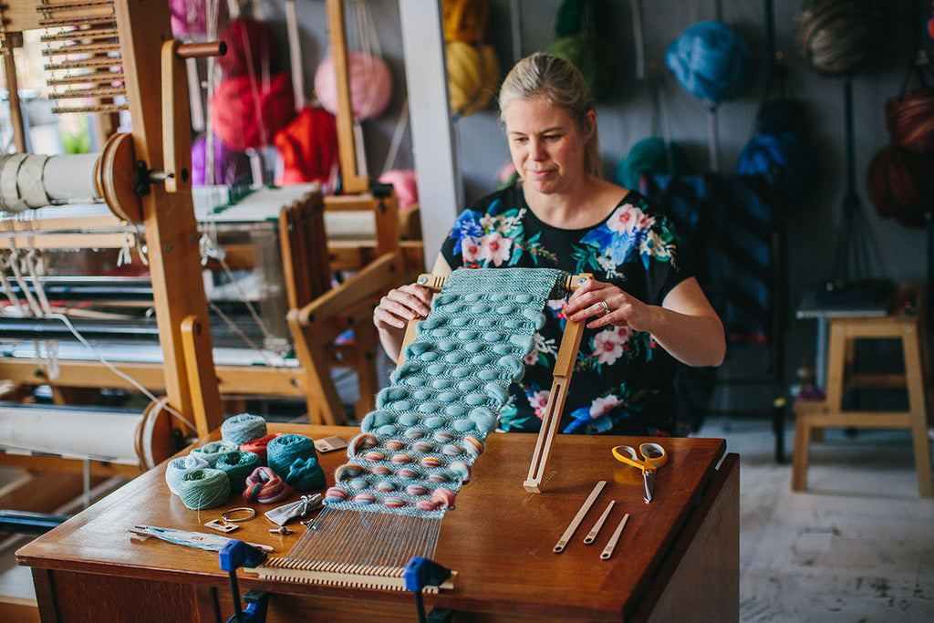 The Oxford Loom in action with Cassandra Sabo