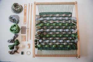 Weaving Kit: Introduction To Weaving (Classic Collection)