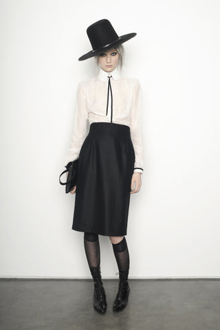 Juliette F IMG Model Wendy Nichol Clothing Fashion Designer Runway Show AW15 Queen of Thieves Peaky Blinders Witch Wide Brim Whipstitch Hat Silk cotton peter pan collar Blouse White Silk Cashmere Pencil Skirt Custom Tailoring Made to Measure Order Handmade in NYC