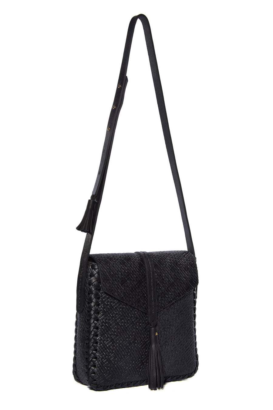 Soft Lambskin Embossed Basket Weave pattern Leather Classic Saddle Envelope Flap Closure Bag Wendy Nichol Handbag Purse Designer Handmade in NYC New York City Cross Body Adjustable Strap interior pocket Fringe Tassel Tassels Structured Braided Square High Quality Leather