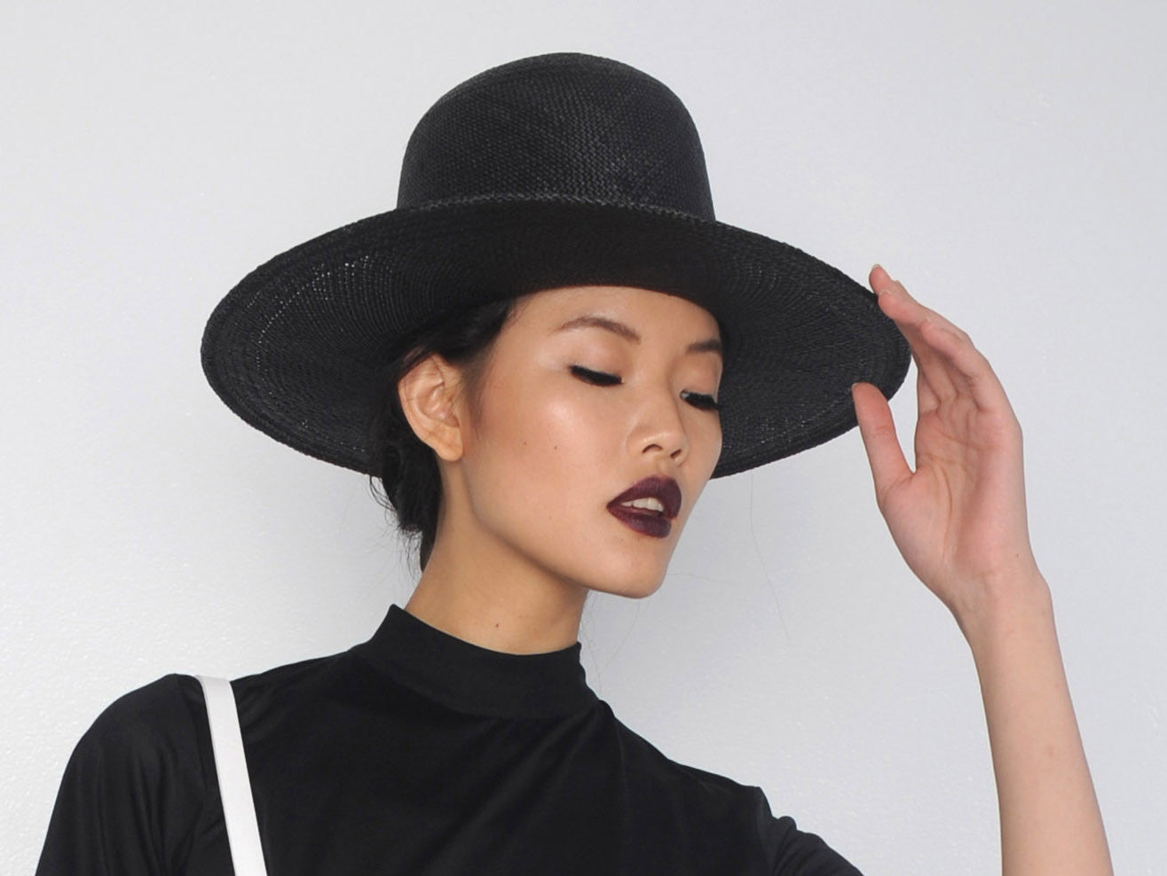 Black Straw Tall Wide Brim Hat Wendy Nichol Designer Handmade in NYC Witch El Topo Magician Summer Hat Chen Lin IMG Model Beyonce Formation Hat