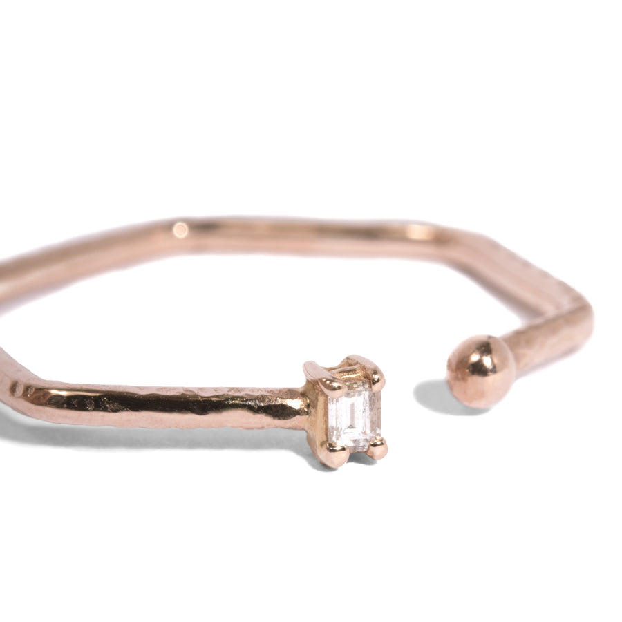Single Baguette 6-Sided Open Ring