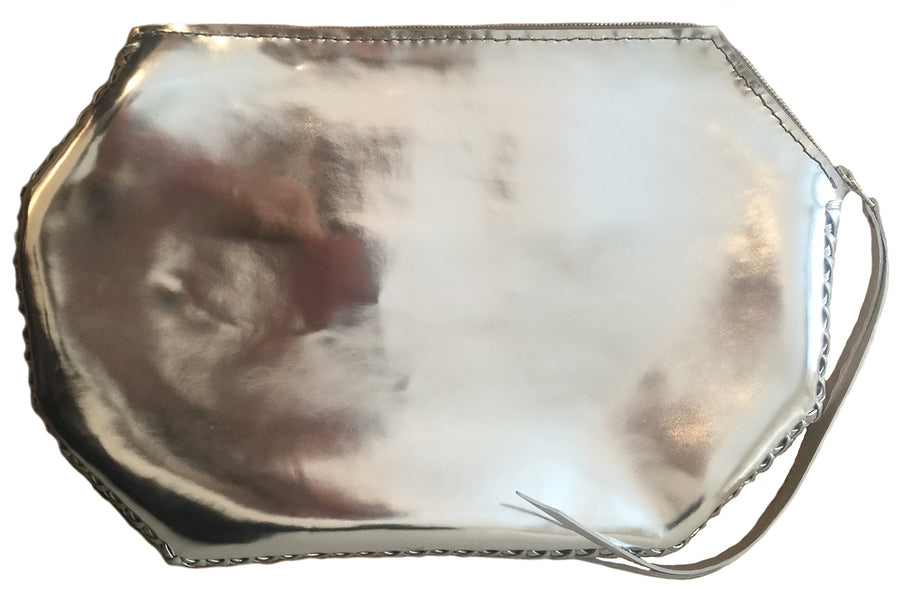 Silver Metallic Shiny Reflective Patent Leather Emerald Oval Shape Clutch Wendy Nichol Luxury Purse Handbag Designer Handmade in NYC New York City SS17 Signals to the Mothership Alien UFO High Quality Leather Large Thin Clutch zip Zipper Shape Pouch Red Carpet Event Black Tie Clutch