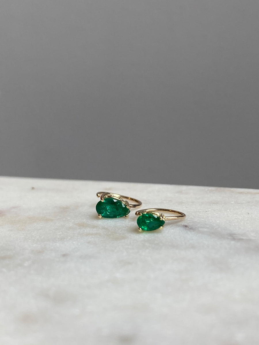 SINGLE 7mm Emerald Teardrop Gem on Comfort Stud