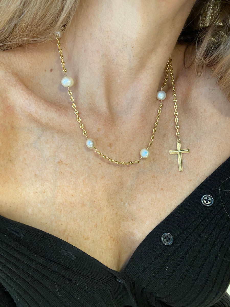 14K Gold Gucci Chain with 10mm Japanese pearls and Solid Gold Perles Cross