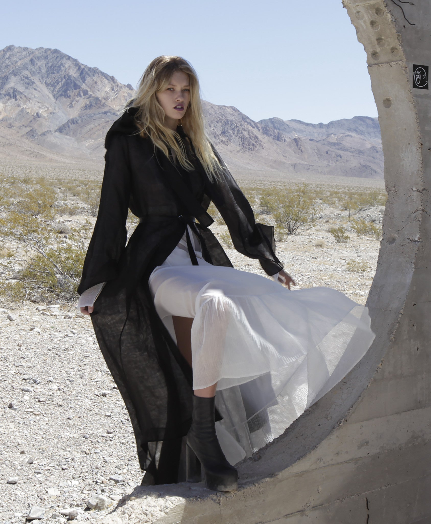 Maggie Laine IMG model Wendy Nichol Clothing Designer SS17 Fashion Runway Show Death Valley Triangle Pyramid shape leather bag Hood Devil Star Triangle Bag Sheer White Cross Apron Dress Bell Sleeves Silk Handmade in NYC