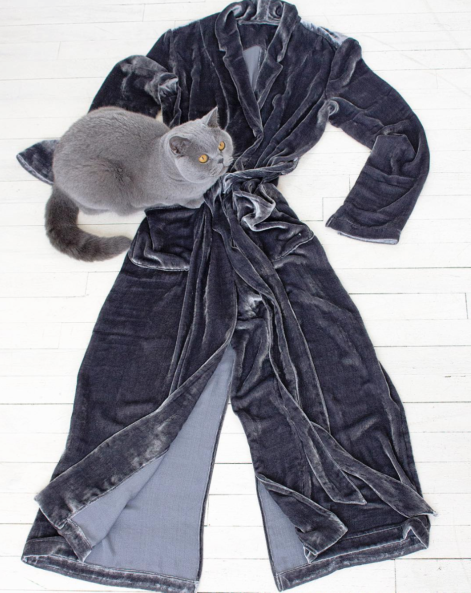Wendy Nichol Silk Velvet Duster Robe Jacket Stone silver gray Grey purple lavender Handmade in NYC New York City Magician Custom Made to measure Clothing luxury high end fashion Yoko British Shorthair Cat