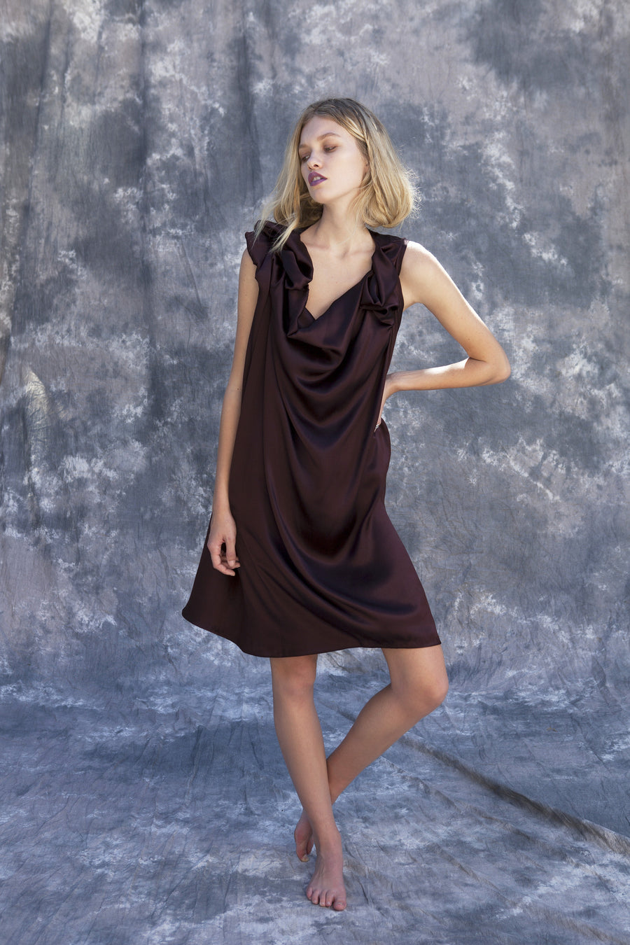 Maggie Laine IMG model Wendy Nichol New York Clothing Designer Handmade in NYC New York City SS17 Fashion Runway Show Signals to the Mothership Made to Order Custom Tailoring Made to Measure Death Valley Simple Silk Draped Shoulder Shift Dress Burgundy Ox Blood Maroon Short