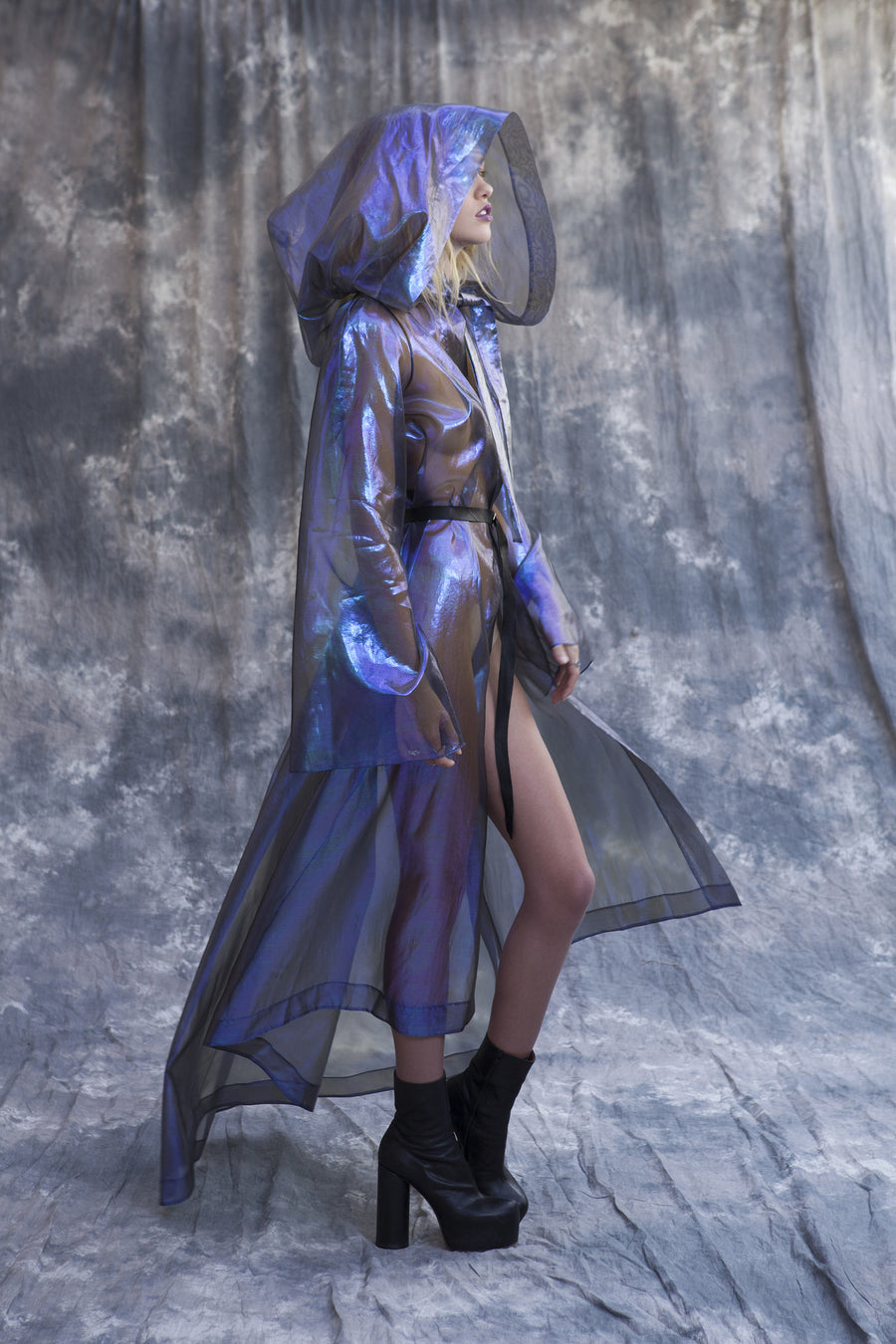 Maggie Laine IMG model Wendy Nichol New York Clothing Designer Handmade in NYC New York City SS17 Fashion Runway Show Signals to the Mothership Made to Order Custom Tailoring Made to Measure Death Valley Hooded Psychedelic Coat Sheer Transparent Silk Holographic Purple Blue Silver Belle Sleeve Hood Cape Jacket Cloak Long Train Witch Wizard Alien UFO Total Drone