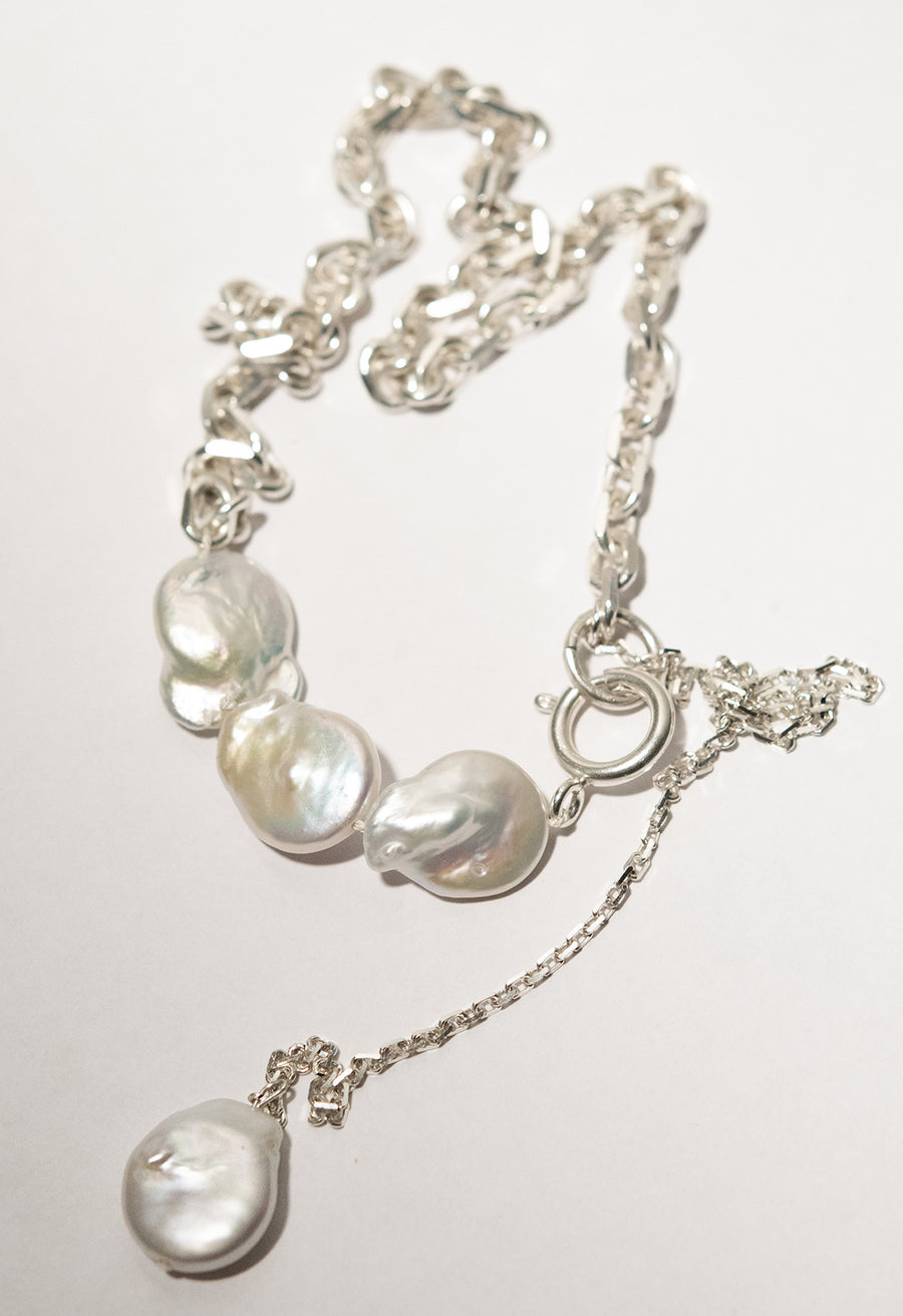 Pearl Choker Amulet Necklace