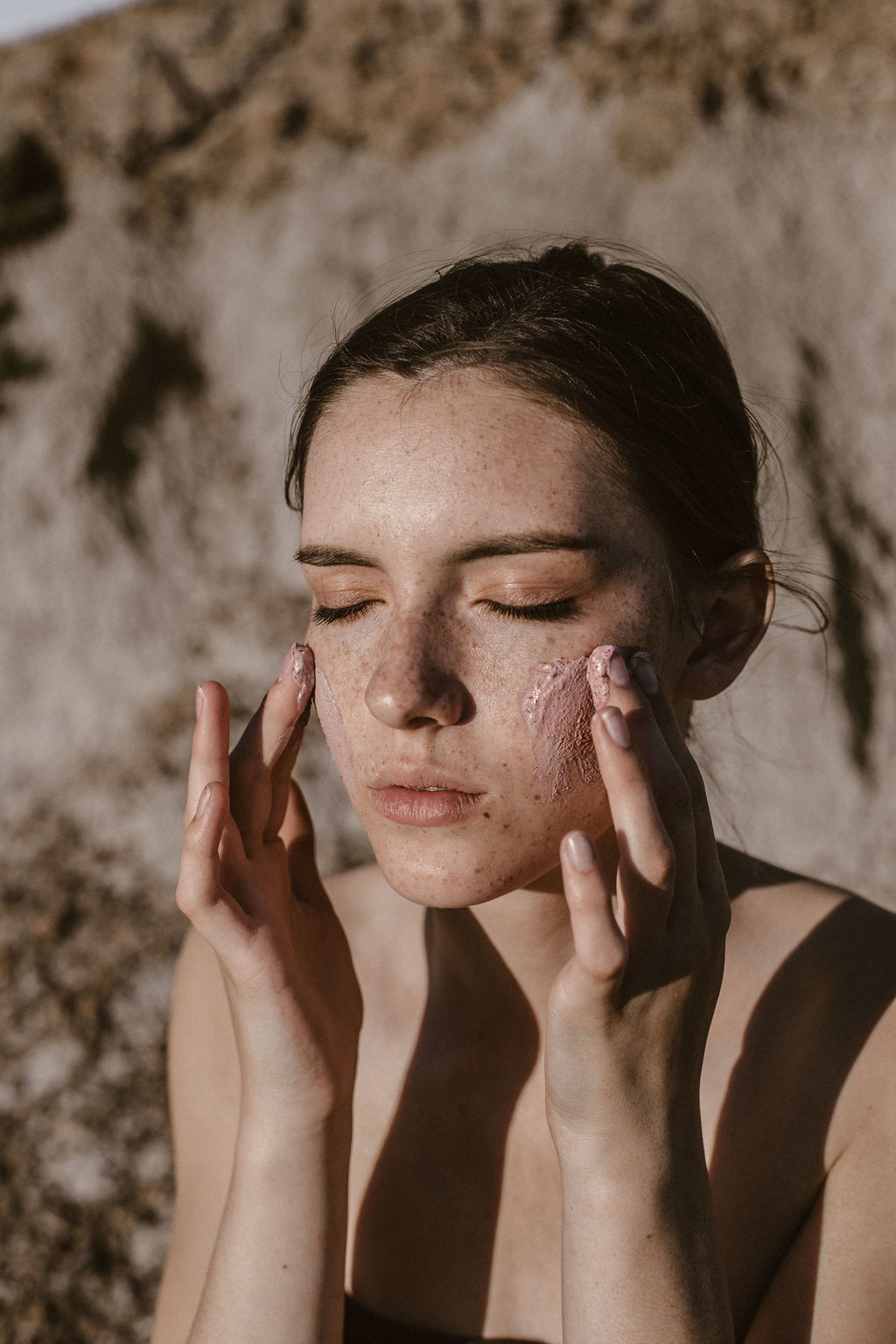 The Benefits of Using Clay for the Skin