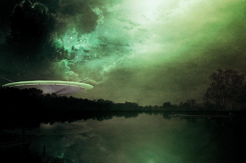 UFO:S AND EXTRA TERRESTRIALS BY DR. STEVEN GREER