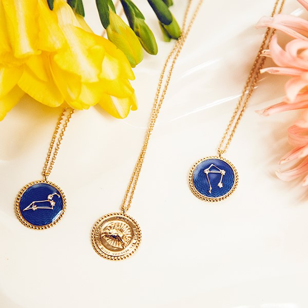 A costume Jewelry classic now completes Les Néréides' collections: the Zodiac Pendant Necklace. Find the pendant necklace that matches your very own astrological sign among the Constellation collection.