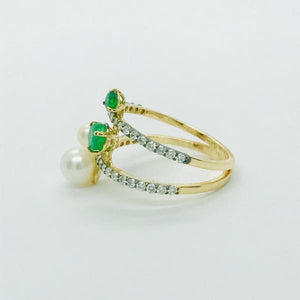 Ring- Trendy Emerald, Pearl & Diamond Ring