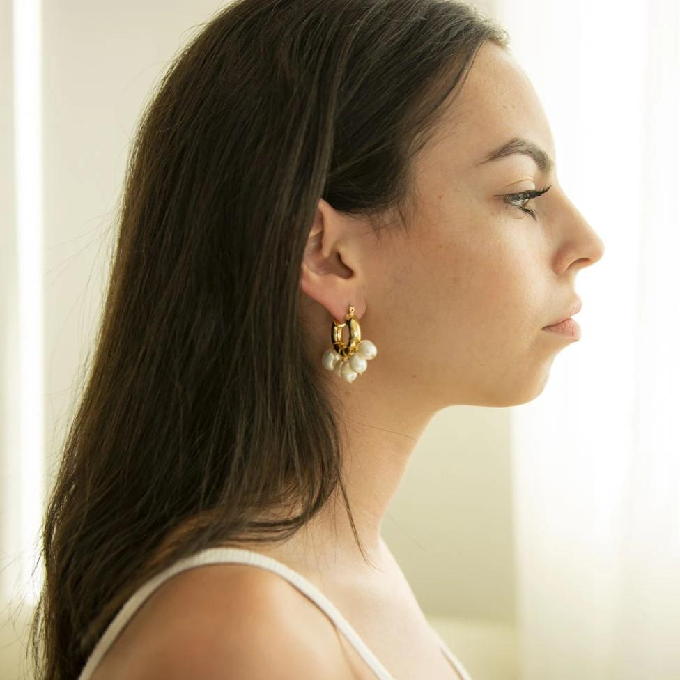 CINCO DE PERLA HOOP EARRINGS