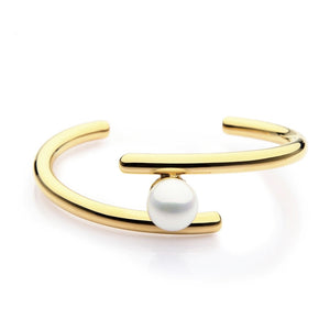 Open image in slideshow, PARALLELS PEARL CUFF BRACELET