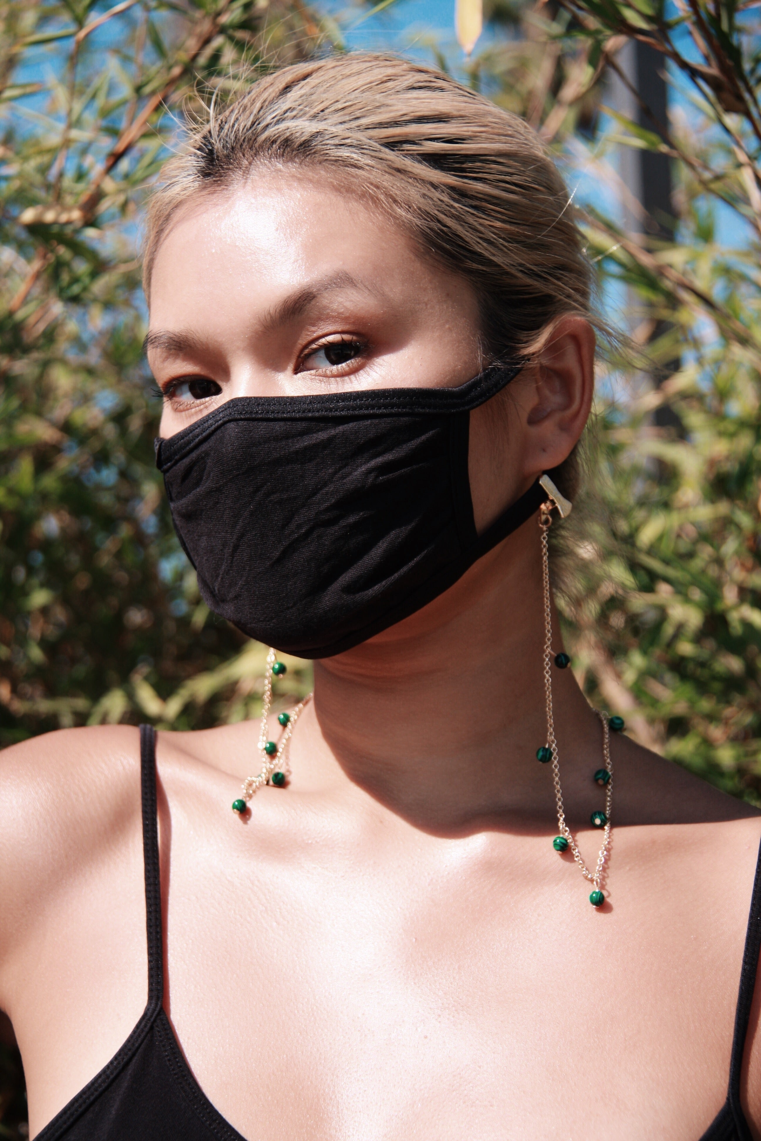 GOLD CHAIN WITH GREEN BEADS MASK CHAIN