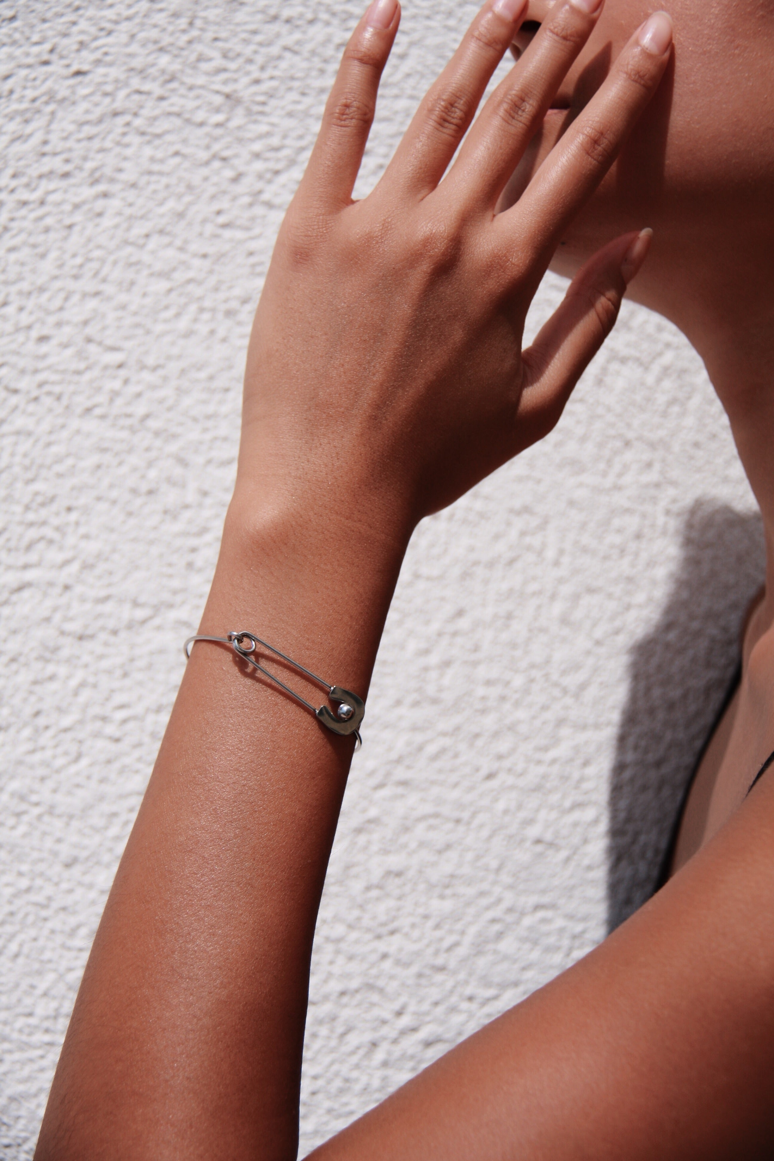 VINTAGE SAFETY PIN BRACELET - SILVER