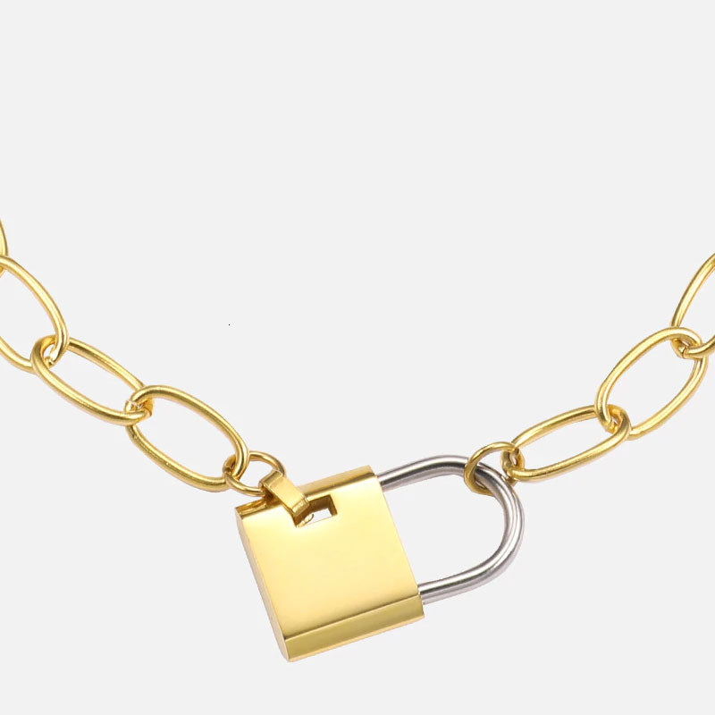 LOCKED IN CHOKER NECKLACE