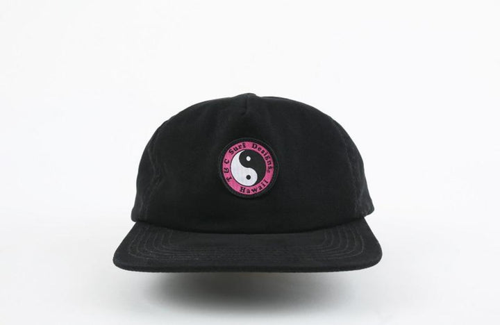 Snap Back Cap - Black / Pink