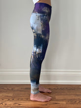 Load image into Gallery viewer, Purple Haze Yoga Pants