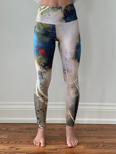 Load image into Gallery viewer, Blue Tree Swirl Yoga Tights