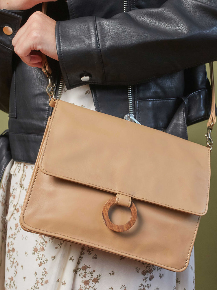 model wearing Leather-wallet crossbody bag - Wood Wallet Crossbody cappuccino color handbags by payton james Nashville leather handbag designer