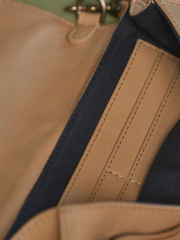 Leather-wallet crossbody bag - Wood Wallet Crossbody cappuccino color handbags by payton james Nashville leather handbag designer closeup of zipper