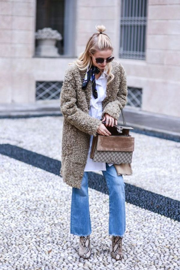wideleg jeans and sweater outfit