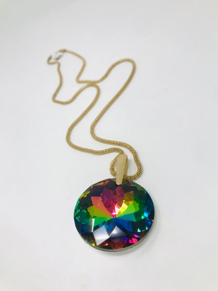 Faceted Glass Pendant Necklace