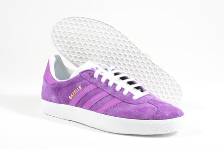 Gazelle act purple