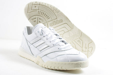 AR Trainer Home of Classics White