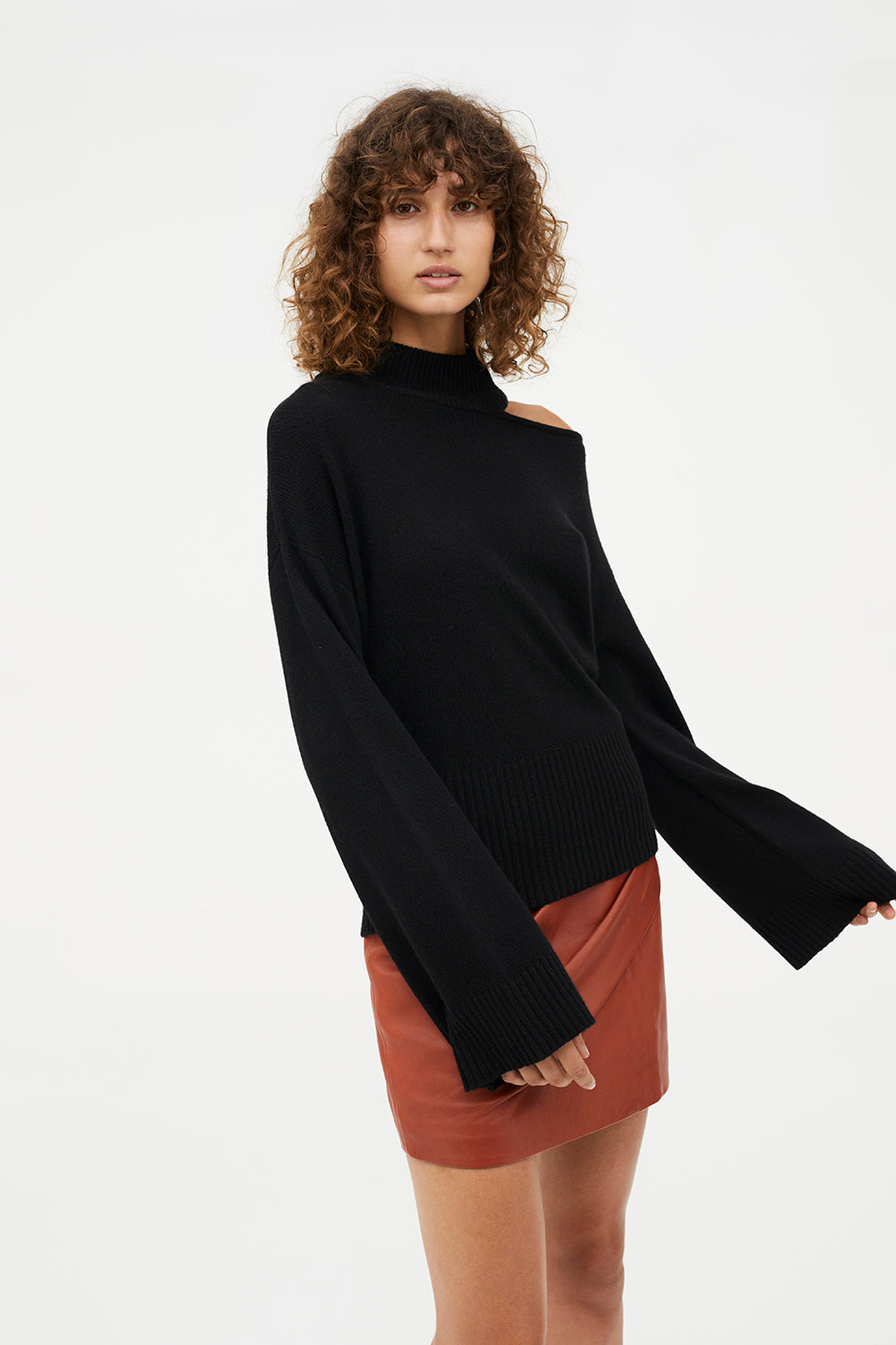 POINT OF ORIGIN KNIT JUMPER