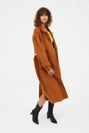 SIGNATURE MOVES COAT