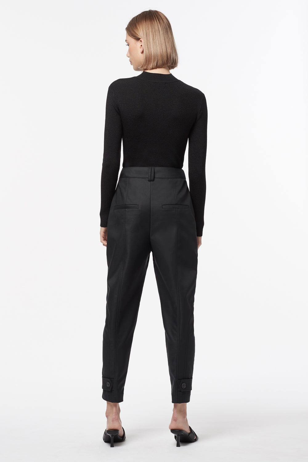 QUICK MARCH CROP PANT